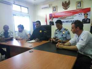 Wah.. Liputan di Papua Tak Berizin, 2 Jurnalis Prancis Dipulangkan