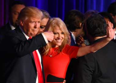 100 Hari Trump: Suami Kellyanne Conway Jadi Kepala Divisi Departemen Kehakiman AS