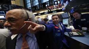 Wall Street Melemah Dipicu Penurunan Harga Minyak