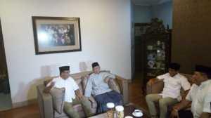 Begini Kehangatan Pertemuan Anies-Sandi dengan Gus Salahudin Wahid