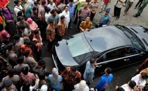 Mobil RI-1 yang Mogok Sudah Ditangani Diler Resmi Mercedes Benz