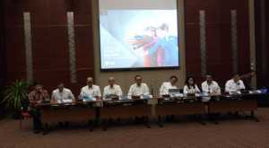 BUSINESS HITS: Laba Bersih Anjlok, Garuda Gagal Landing Cantik di 2016