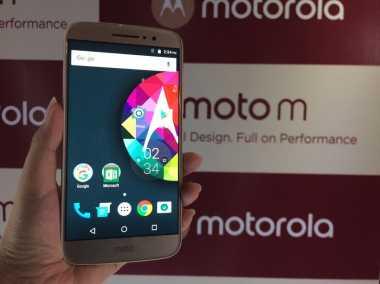 Komparasi Smartphone Mid-Range: Vivo X9 versus Moto M