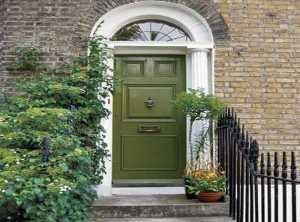 Ide Warna Pintu Rumah untuk Anda yang Periang