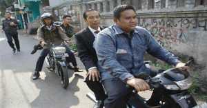 Mobil Mogok, Presiden Jokowi Terpaksa Gunakan Ojek Motor