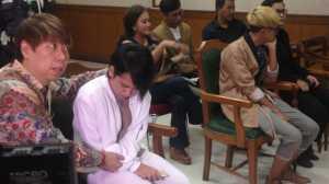 Bertemu di Pengadilan, Aming dan Evelyn Tak Bertegur Sapa