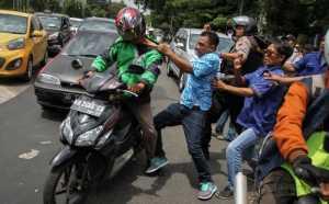 Pascaricuh Ojek Online vs Angkot, Kerugiannya, Wah...