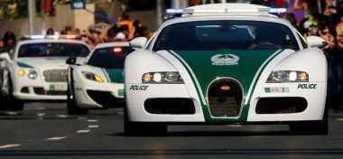 Ini Mobil Polisi Tercepat di Dunia, Bisa 'Lari' 404 Km/Jam
