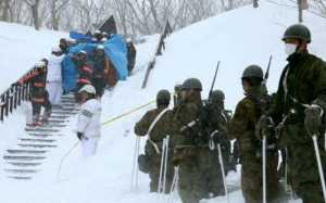 6 Pelajar yang Sebelumnya Hilang Akibat Longsor Salju di Jepang Ditemukan Tak Sadarkan Diri