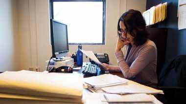 \5 Cara Atur Keuangan Saat Hadapi Masa Sulit\