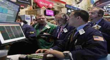 \Meski Pengangguran Turun dan PDB Naik, Wall Street Tetap Melemah   \