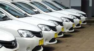 Komisi V DPR Sepakat dengan Aturan Taksi Online
