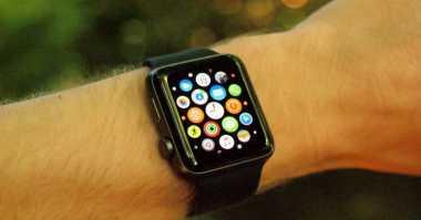 Konektivitas Seluler Bakal Mendarat di Apple Watch?
