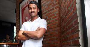Mengaku Dekat dengan Mikha Tambayong, Chicco Jerikho Tertutup Soal Asmara