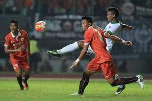 Mantap! Sandiaga Uno Antusias Saksikan Laga Persija vs Timnas Indonesia U-22