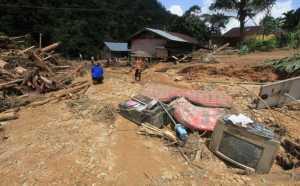 Korban Banjir Bandang di Aceh Tenggara Terima Bantuan 12 Ton Beras