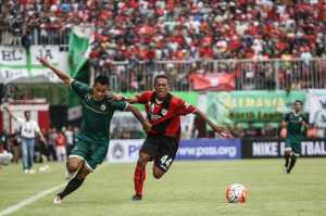 MENGEJUTKAN! Persipura Pecat Alfredo Vera di H-1 Jelang Tampil di Liga 1 2017