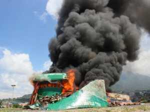Mantap! TNI AL Kembali Musnahkan Kapal Asing di Ternate