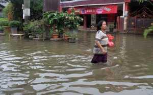 Tolong, Pengungsi Banjir Aceh Butuh Bantuan Sandang