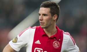 Viergever Cetak Gol, Ajax Kian Dekat Lolos ke Semifinal Liga Eropa 2016-2017