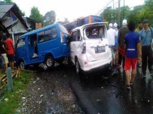 Akhir Pekan, Kecelakaan Beruntun Terjadi di Jalur Puncak