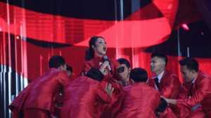 MISS INDONESIA 2017: Bertema Glamor, Alasan BCL Gunakan Gaun Merah Menyala di Malam Final