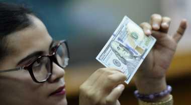 \INSPIRASI BISNIS: Kacamata dari Tanduk Sapi Hasilkan Banyak Rupiah\