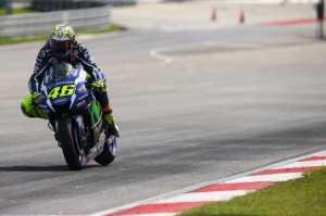 Start dari Posisi Ketiga, Rossi Berharap Bisa Bersaing dengan Marquez dan Vinales di Austin