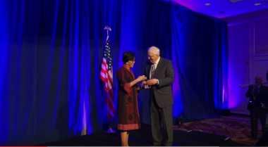 Cerita Sri Mulyani Dapat Penghargaan dari Usindo di AS