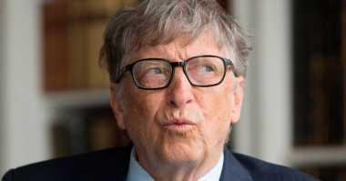 Bill Gates Larang Anak Gunakan Ponsel hingga Usia 14 Tahun