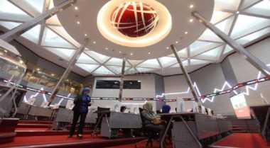 \Tower Bersama Infrastructure Catatkan Obligasi Rp700 Miliar di BEI\
