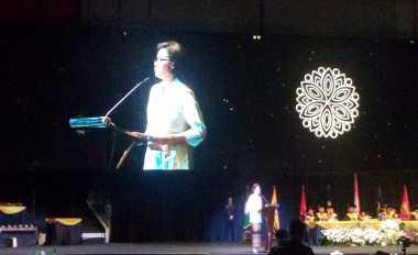 \BUSINESS HITS: Sri Mulyani Temui Menkeu AS Minta Dukungan Masuk FATF   \