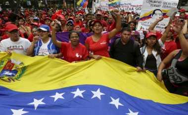 \BUSINESS HITS: Bank Sentral Venezuela Mulai Kehabisan Uang Tunai   \