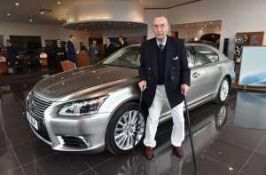 Ultah Ke-100, Pria Ini Dapat Lexus Edisi Khusus Hanya 1 di Dunia