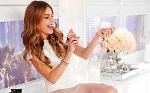 Cuaca Panas Bikin Parfum Kurang Wangi! Yuk Simak Cara Tepat Menyemprotnya