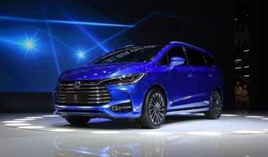 Melihat Tampang Mobil MPV China yang Mirip Toyota Innova