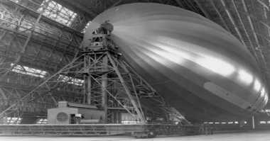 Pendiri Google Diam-Diam Bikin Zeppelin di Hanggar NASA