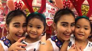 FOTO: Gaya Putri Ayu Ting Ting Keramas di Salon, Bikin Gemes