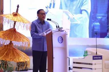 \Gubernur BI Sebut Ekonomi Asia Bangkit berkat Pengalaman\