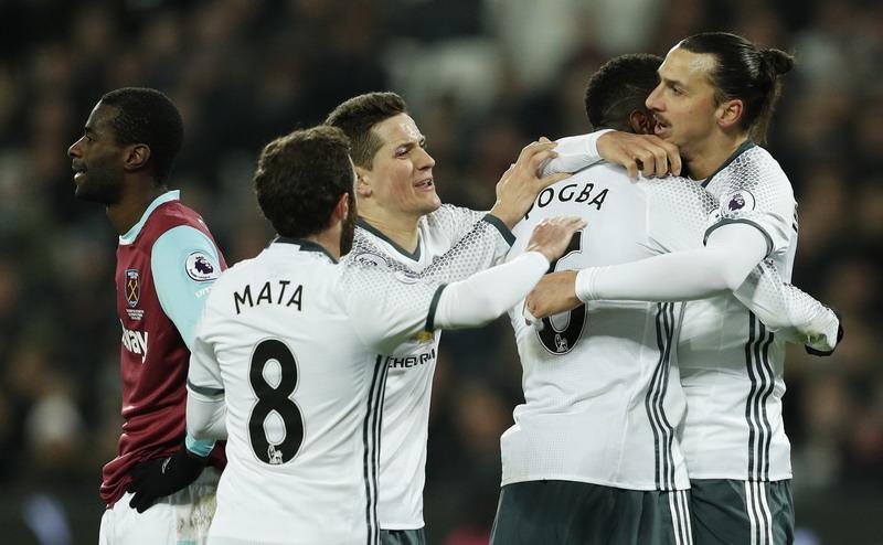 Pogba dan Ibrahimovic Absen di Derby Manchester, Mourinho Enggan Berkomentar