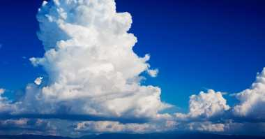 Techno of The Week: Awan Cumulonimbus Dijelaskan Alquran dan Sains hingga Ustadz Didoakan Netizen