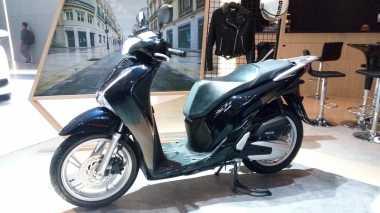 Pakai Mesin Serupa, Honda PCX Beda dengan SH150i