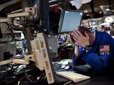 \Setelah Pecah Rekor, Bursa Wall Street Tersandung Buruknya Data GDP Amerika\