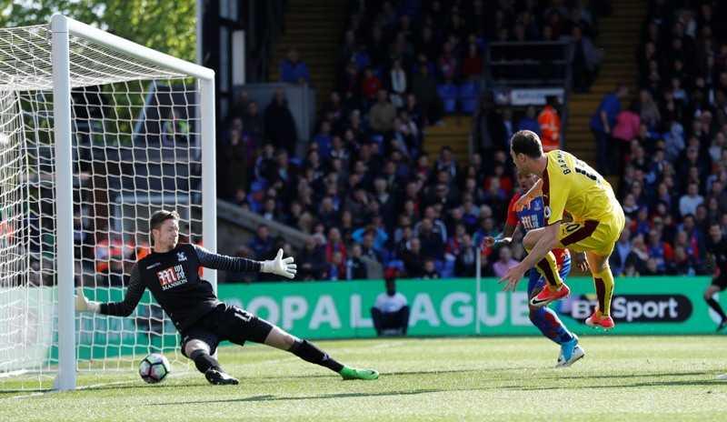 Burnley Unggul Sementara Atas Crystal Palace Lewat Lesakkan Barnes