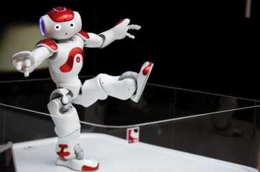 Minim Pekerja, Washington Bikin Robot Pemetik Apel