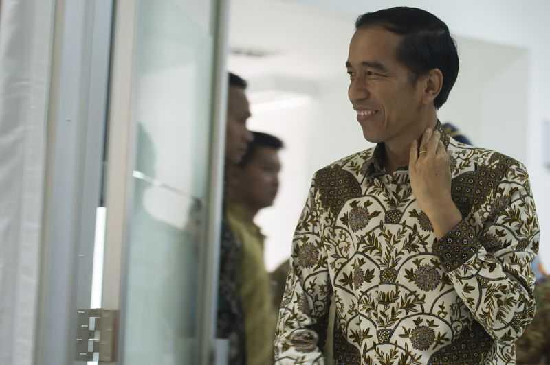 Tanya Soal Pancasila, Presiden Jokowi Bagi-Bagi Sepeda ke WNI di Hongkong