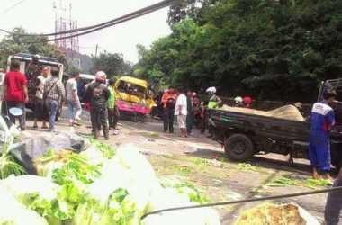 TOP NEWS (8): Korban Tewas di Jalan Raya Puncak Menjadi 12 Orang