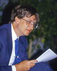 8 Fakta Aneh Sosok Bapak Microsoft Bill Gates (2-Habis)