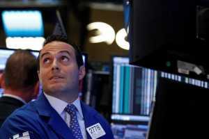 Wall Street Bergerak Mixed Tanggapi Data Manufaktur dan Perumahan