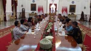 Beberkan Capaian Kinerja Pemerintah, Jokowi Undang Pemimpin Media ke Istana